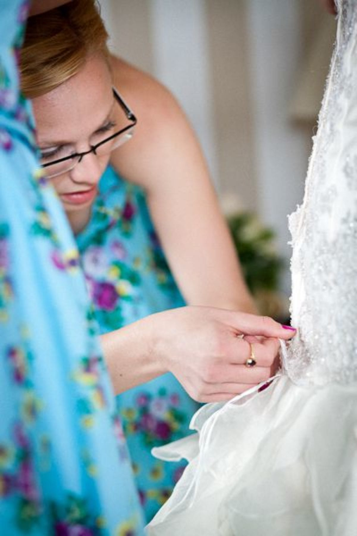 last fixes of the wedding dress