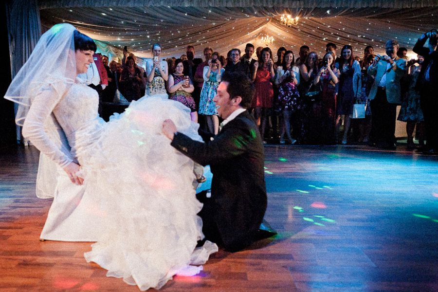 bride and groom at the dancefloor