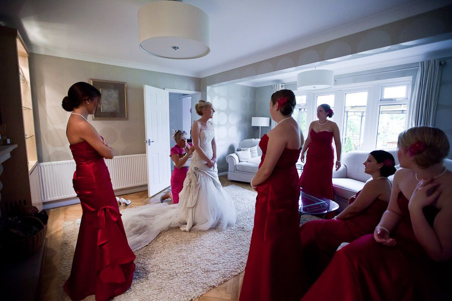 last preparations of the bride and her bridesmaids
