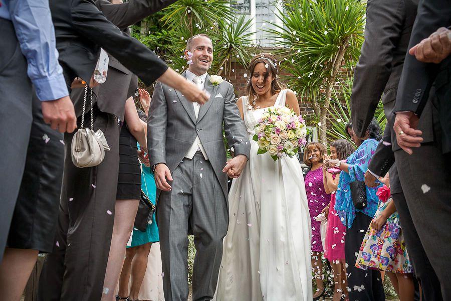 weybrige registry office wedding photography from surrey