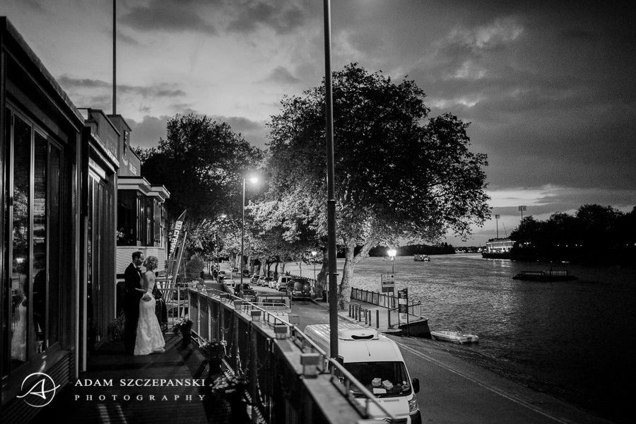 photo portrait of the married couple lynnane and james and romantic london view