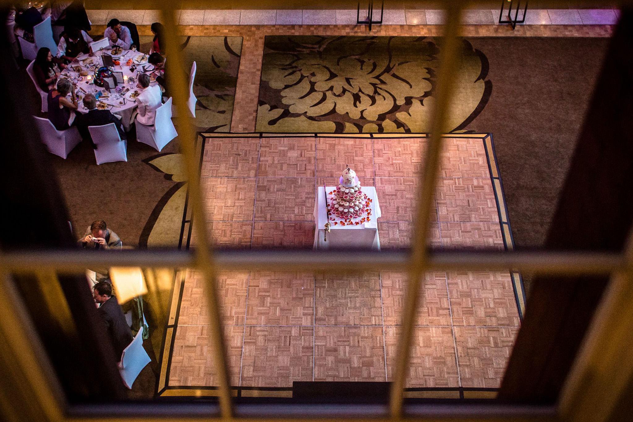 St. Pancras hotel wedding the cake