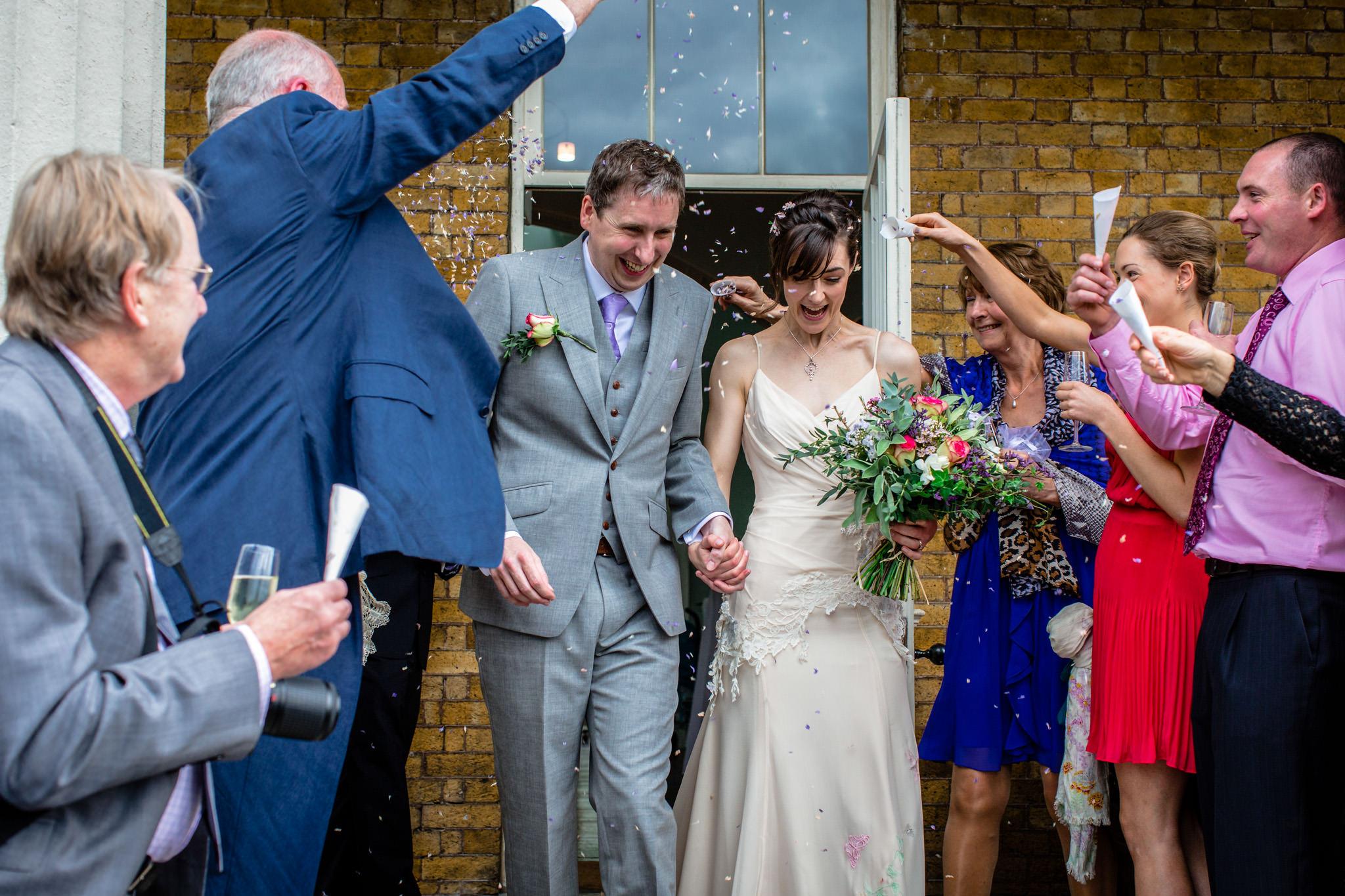Clissold House wedding confetti shower