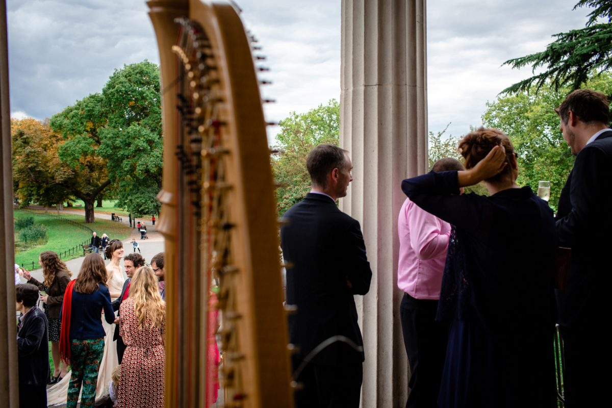 Clissold House wedding outside