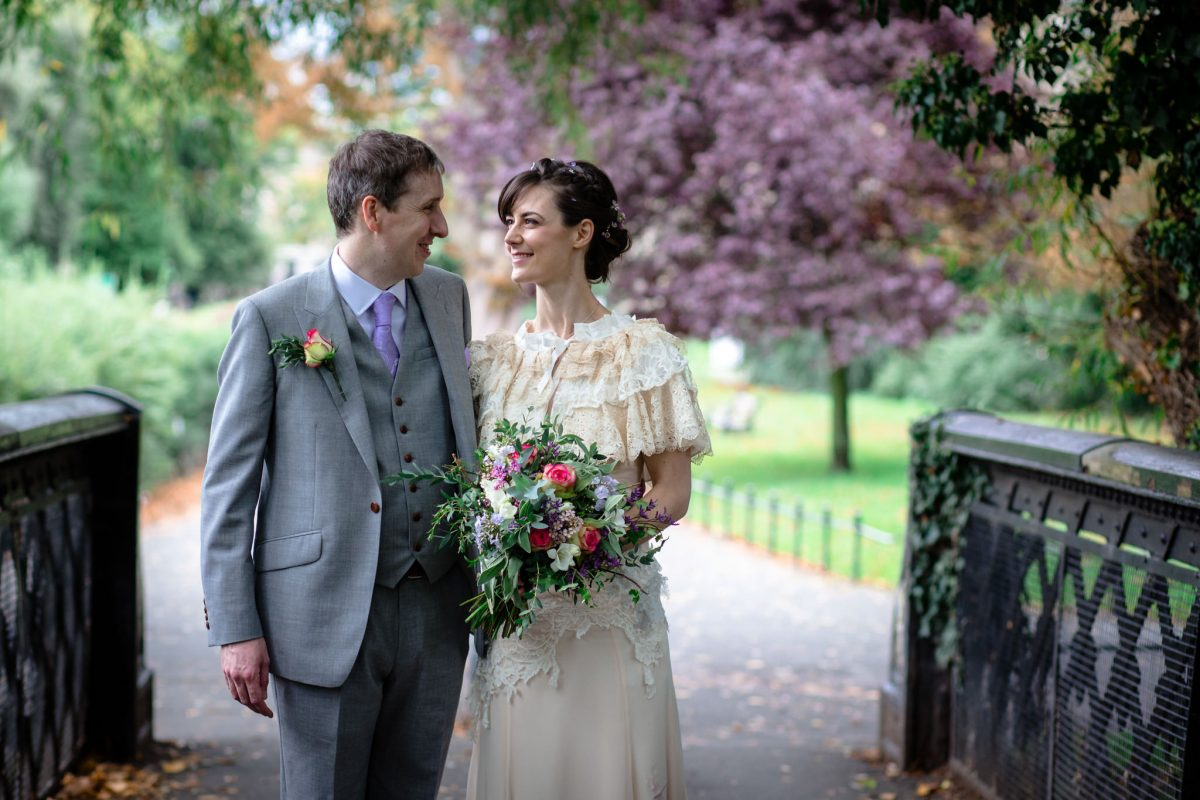 Clissold House wedding couple photo shot