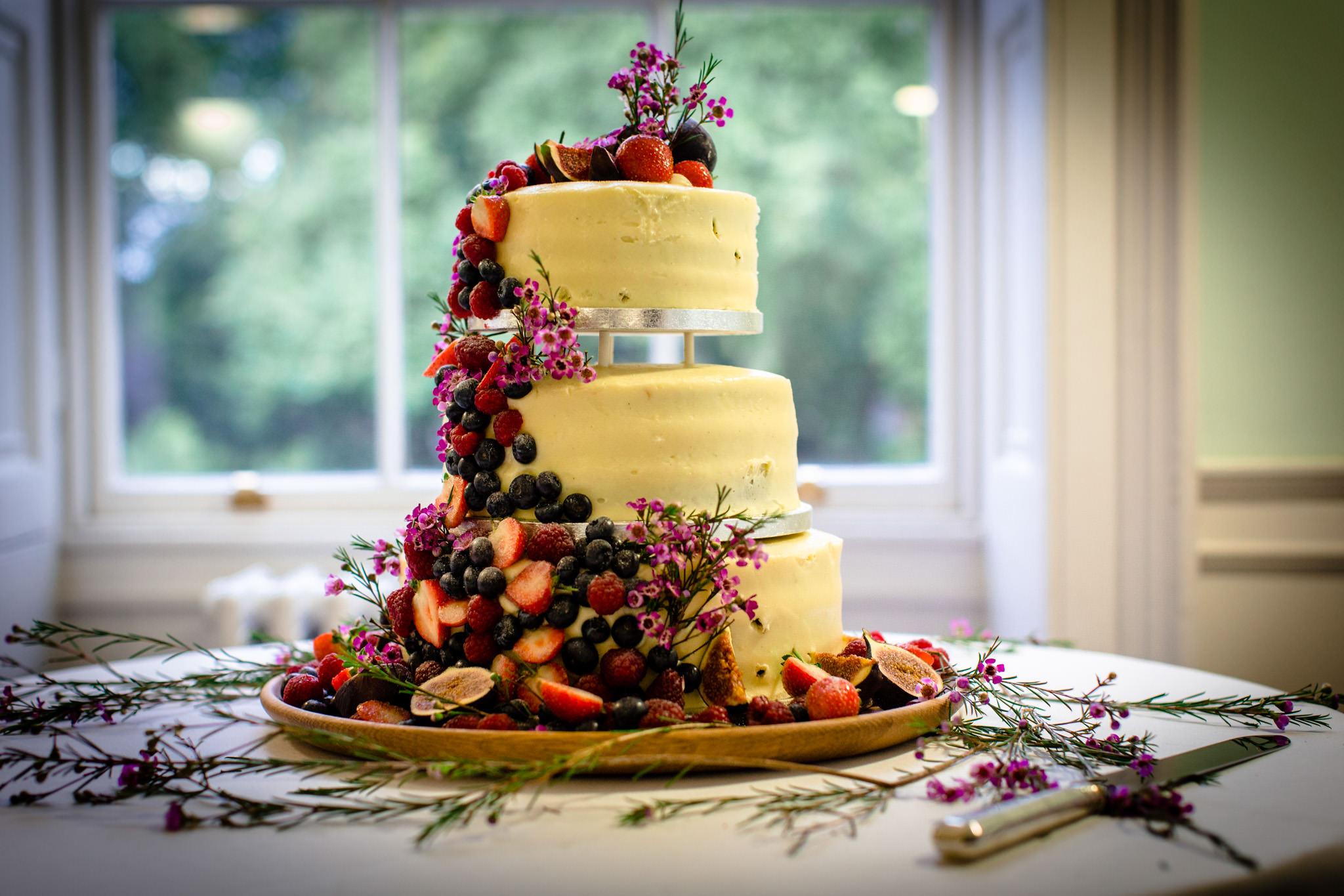 Clissold House wedding cake
