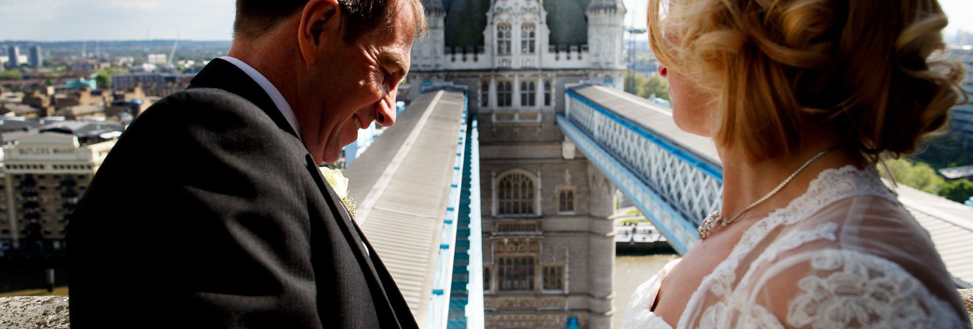 Tower-Bridge-wedding-photos-2