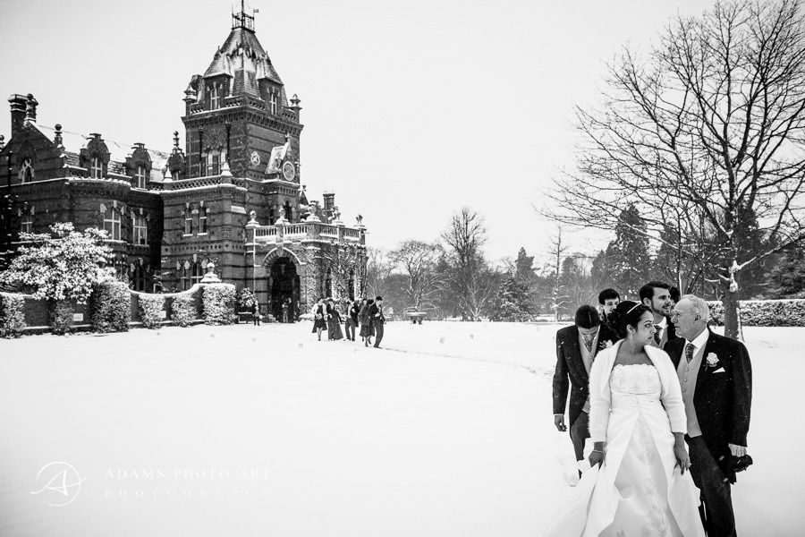 winter wedding photo from hampshire