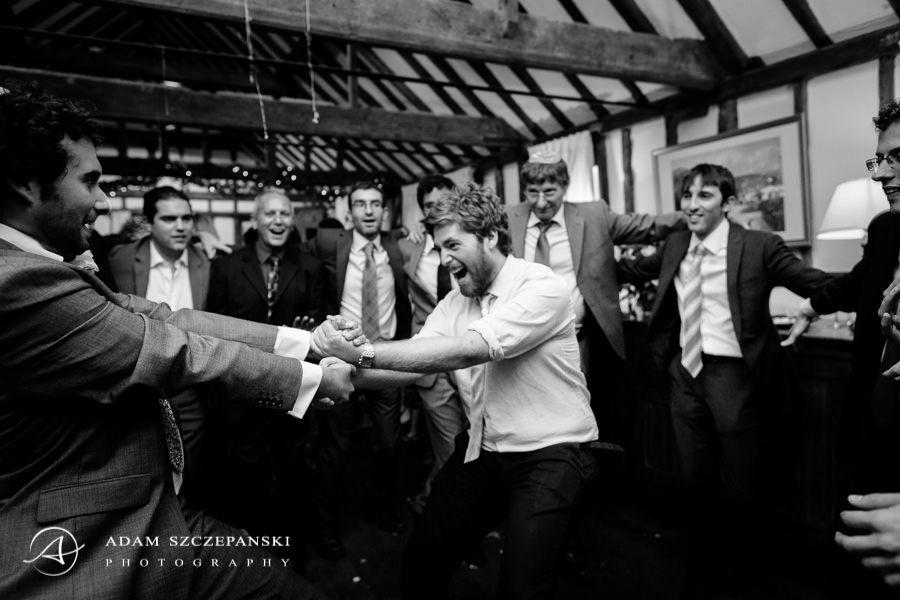 men dance jewish dance