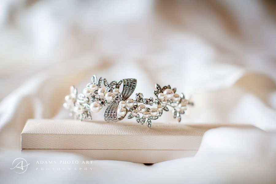 Northbrook Park Wedding Photographer special jewelery for the wedding
