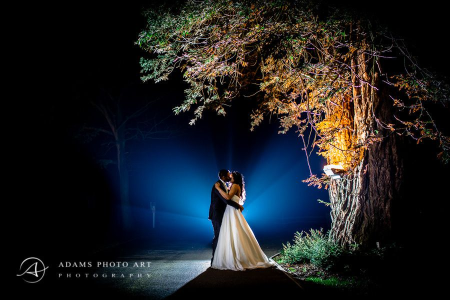 romantic night wedding photo session in londons park