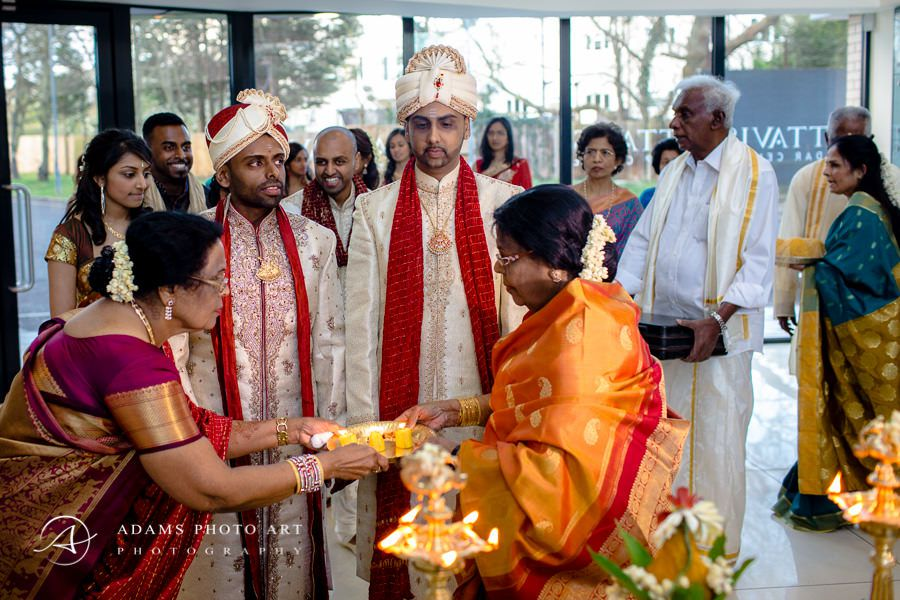 asian wedding of bharkavy and edwin and tamil traditions