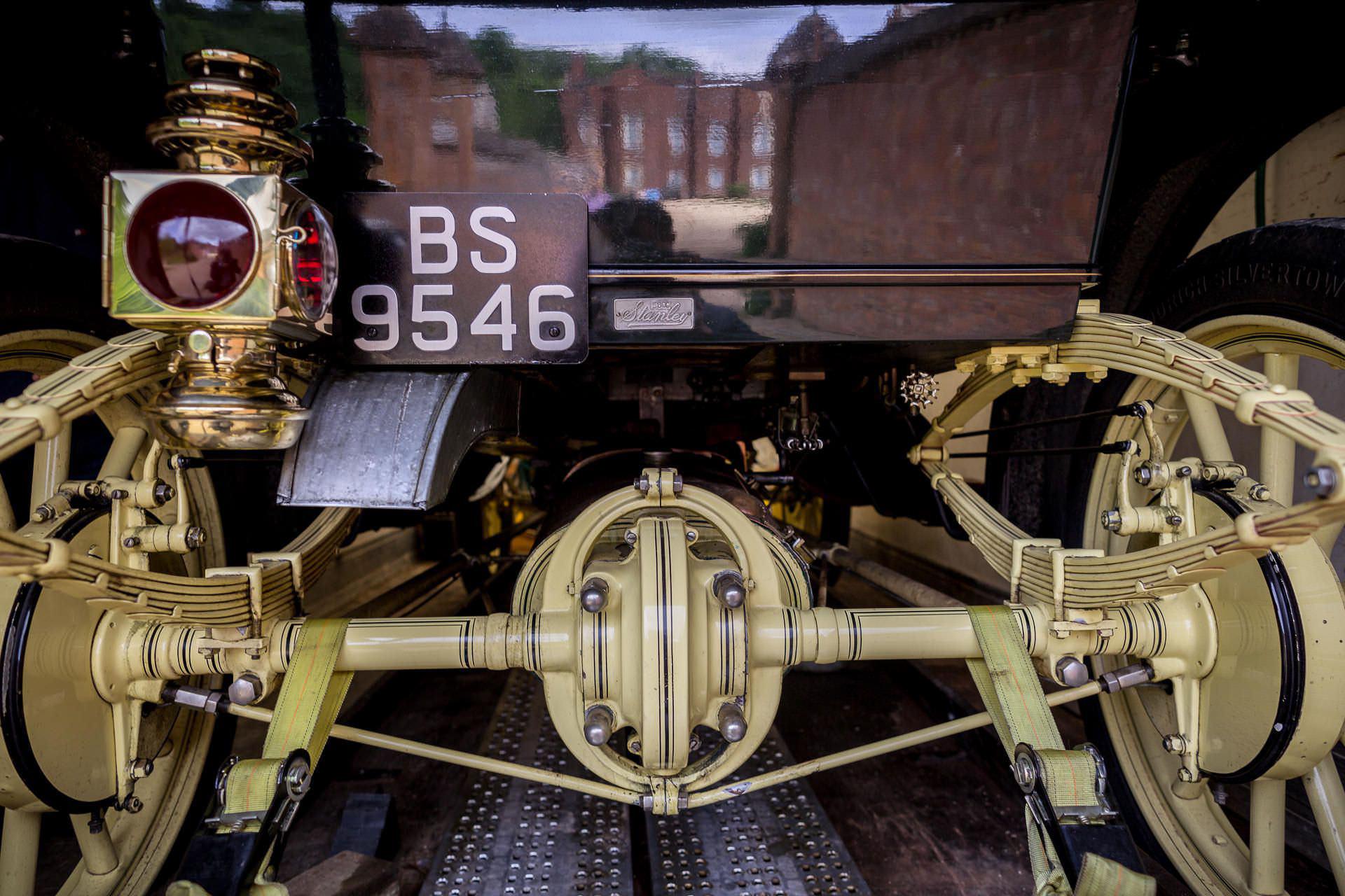 Wotton House wedding steam car