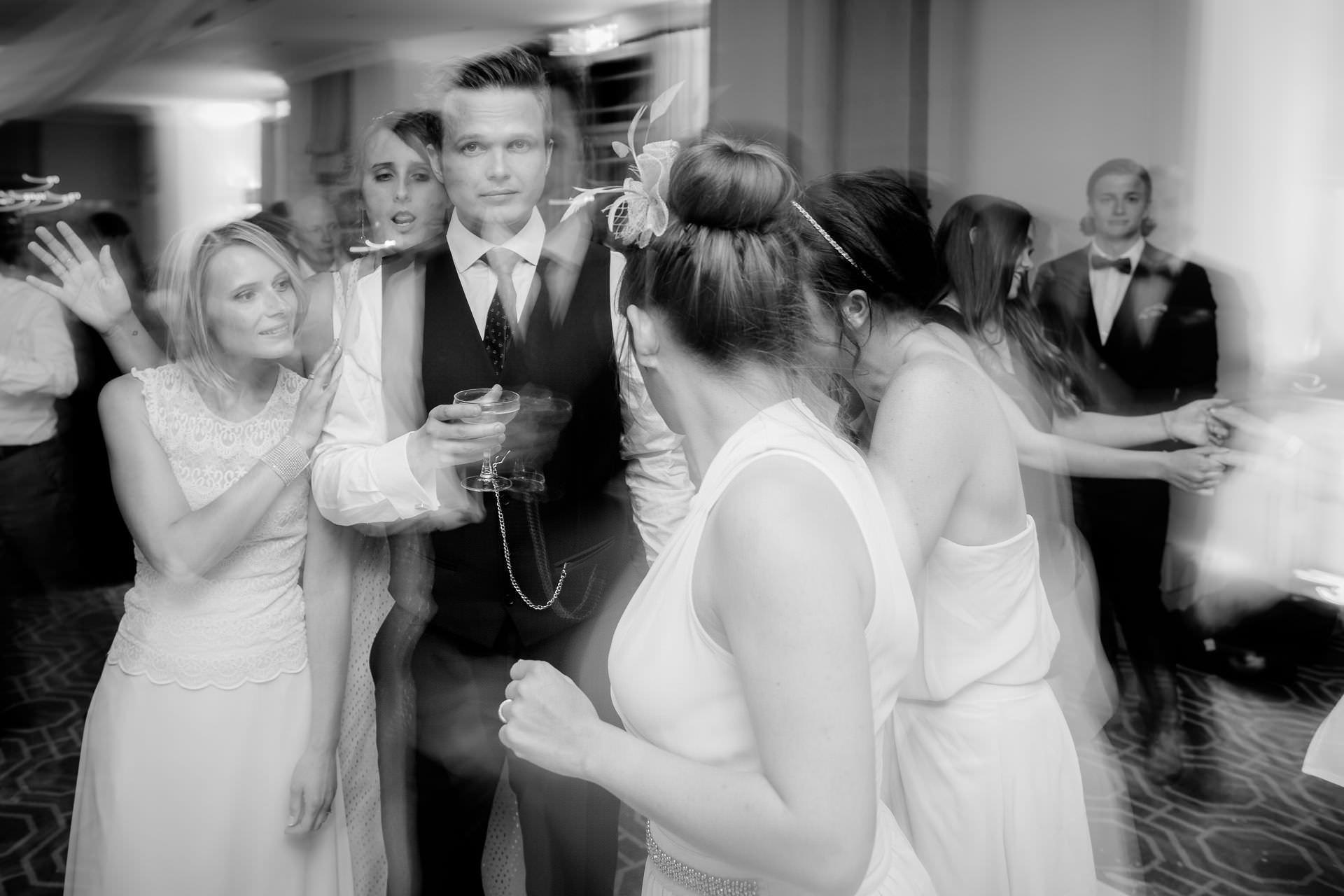 Wotton House wedding groom dance