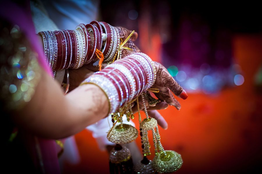 asian wedding photography od the tradition during ceremony