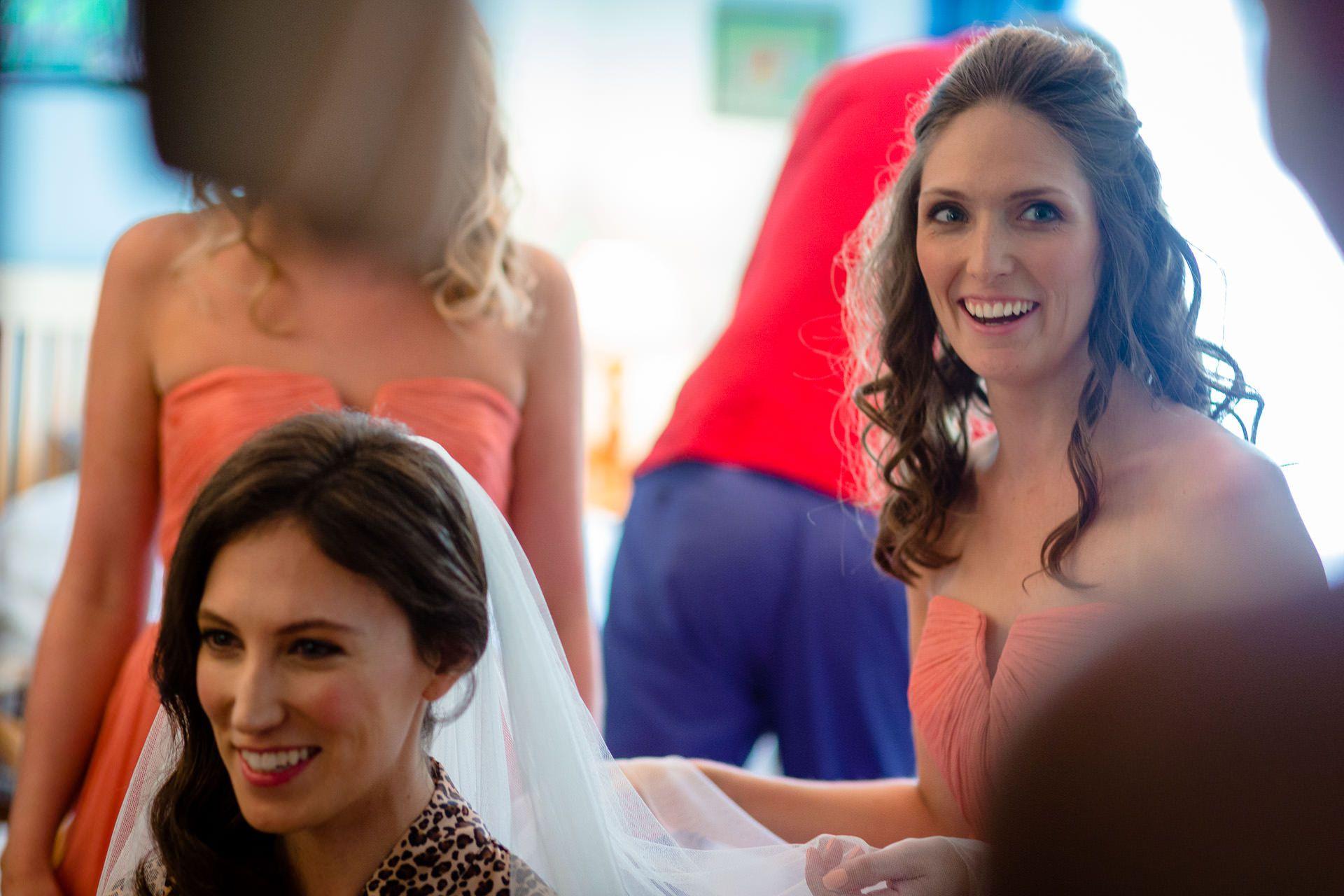 bride prepars for the wedding ceremony