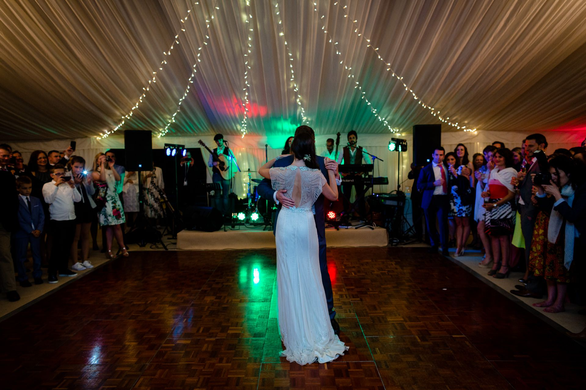 first wedding dance of julia and rob