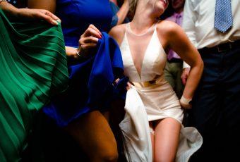 Polski Fotograf piekne nogi panny mlodej