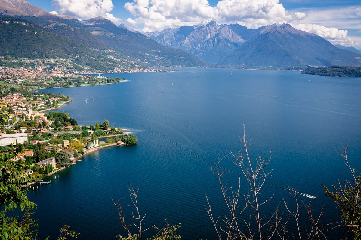 view on the lake and the maintain and the wedding venue in Italy for destination weddings