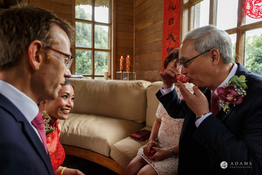 chinese wedding photographer tea ceremony