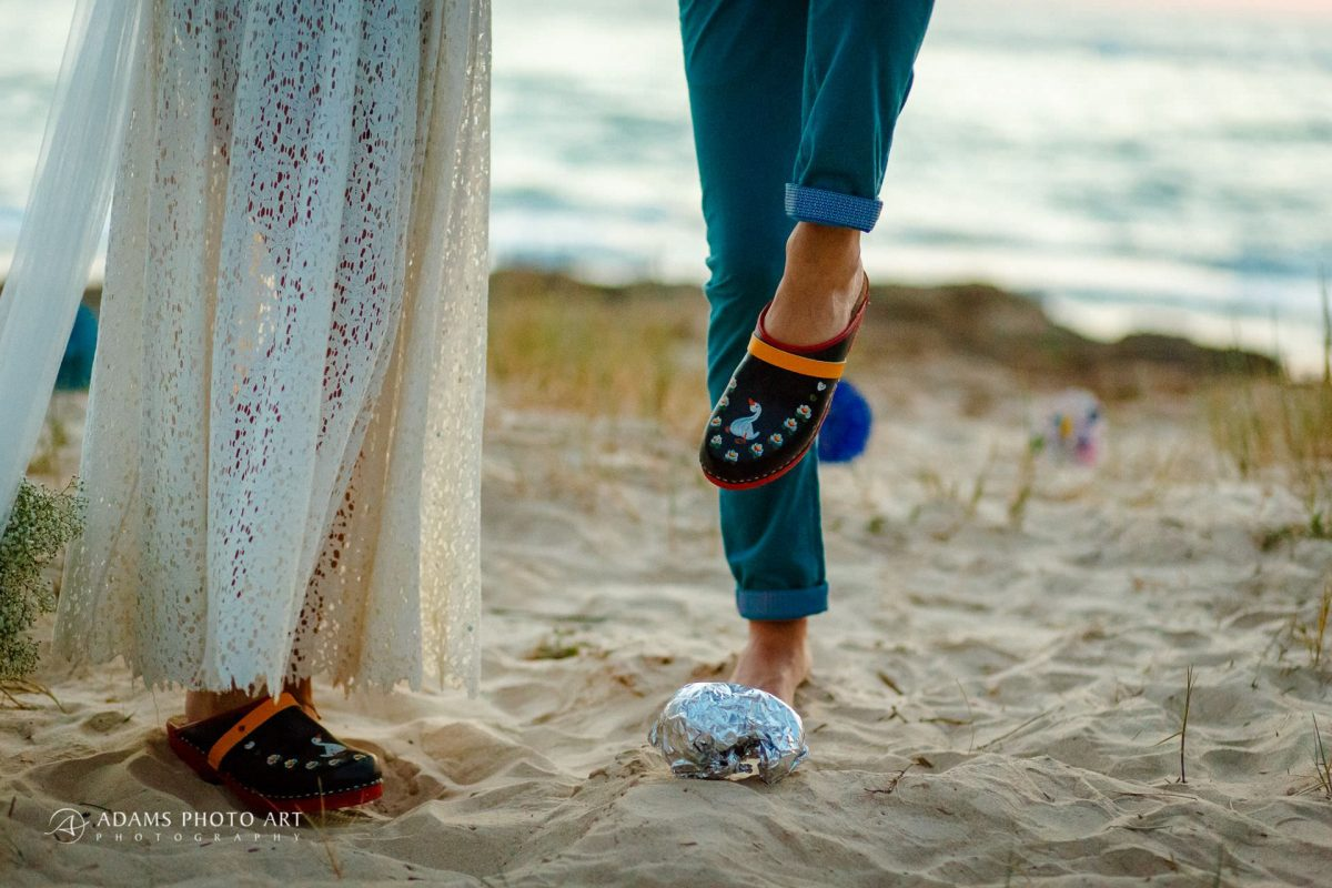 shoes and the beach the wedding pictures