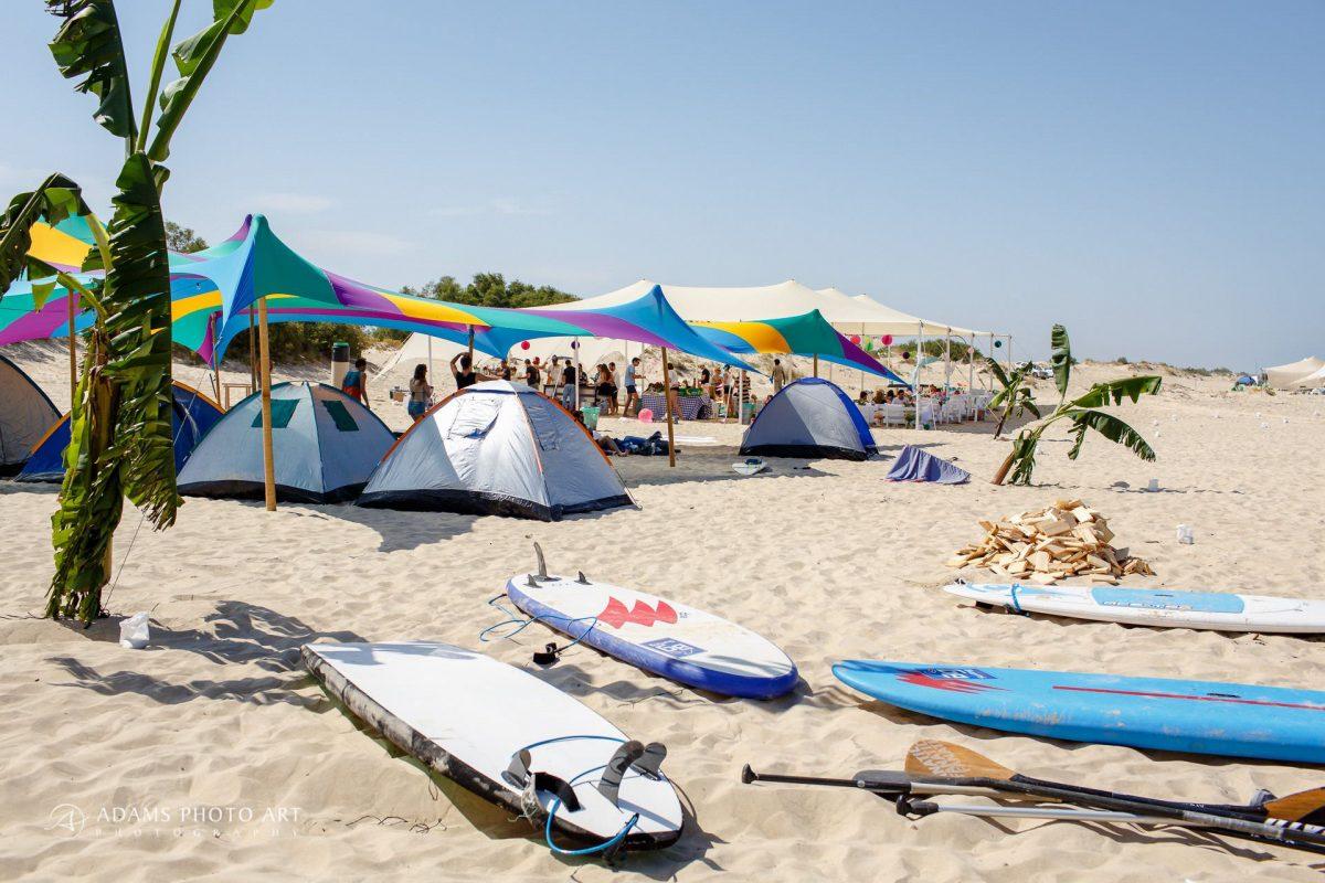 photographs of destination wedding on the Israeli beach