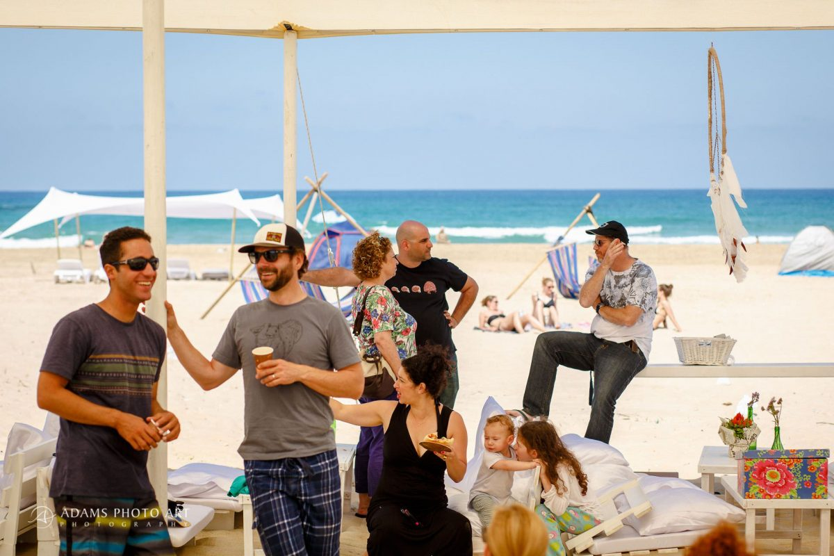 destination wedding of josefin and asaf on the Israeli beach