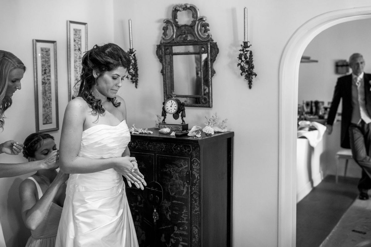 black and white photography of the bride before the wedding