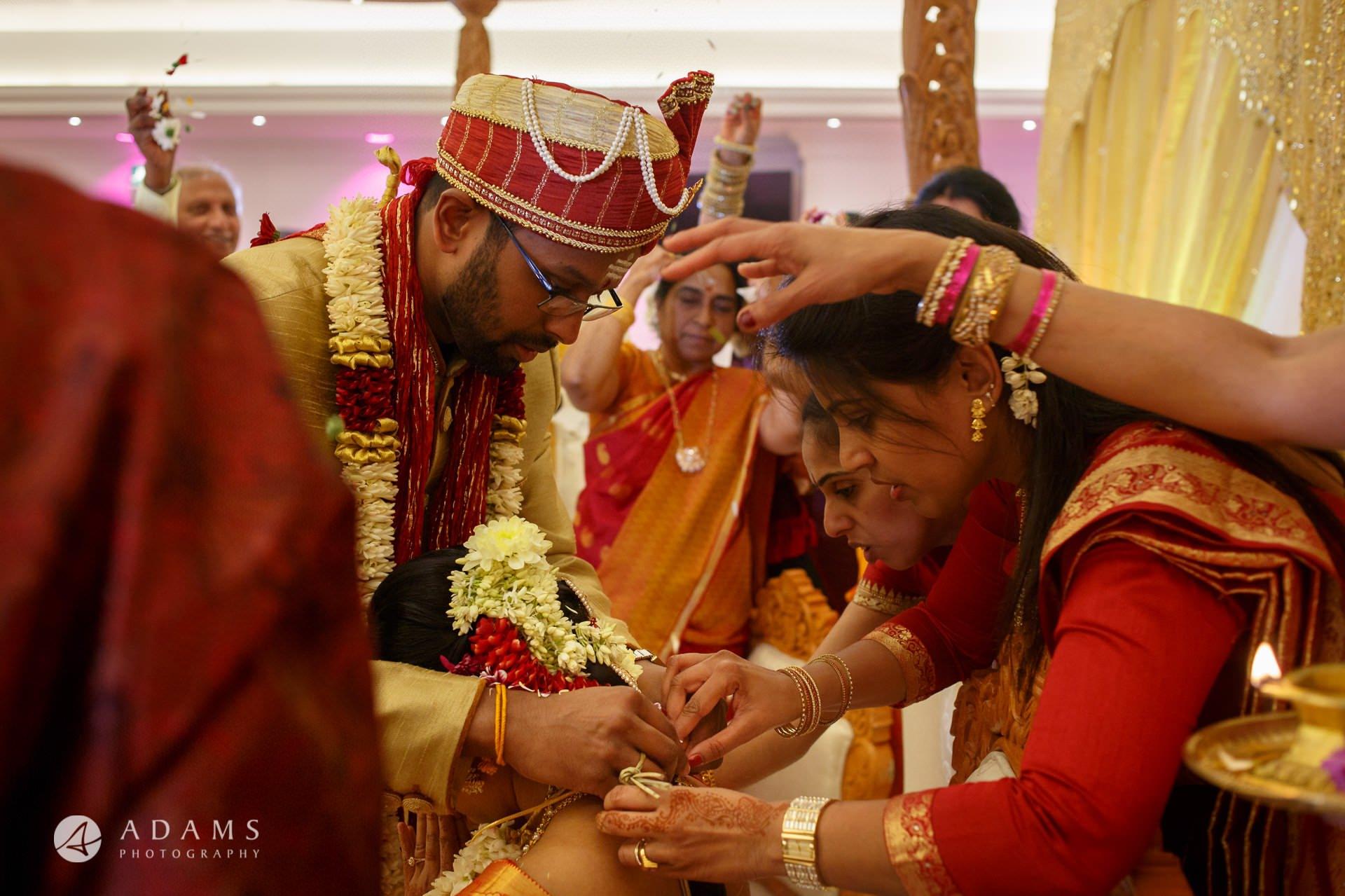 Oshwal Centre Wedding Photos   Twa + Len 27
