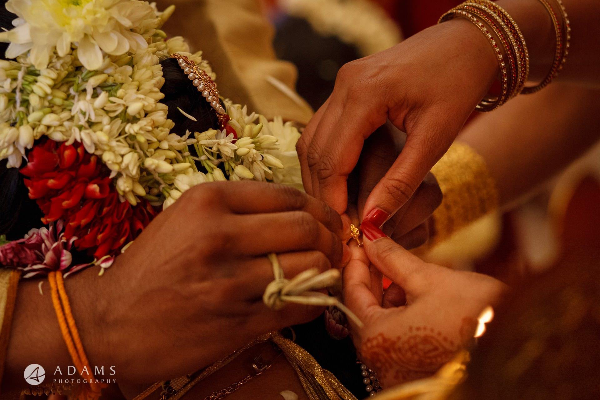 Oshwal Centre Wedding Photos   Twa + Len 28