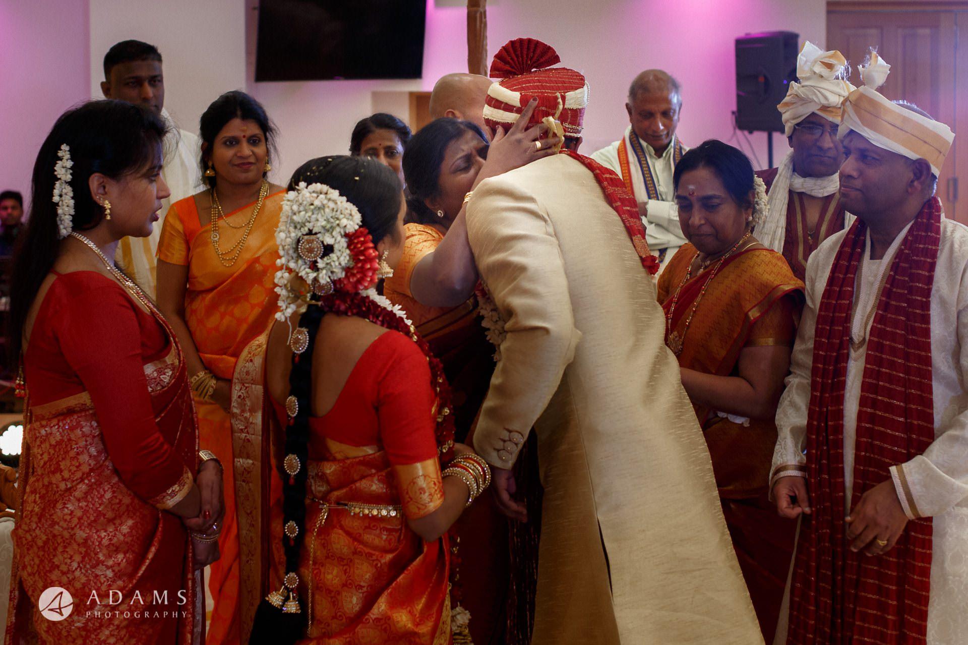 Oshwal Centre Wedding Photos   Twa + Len 37