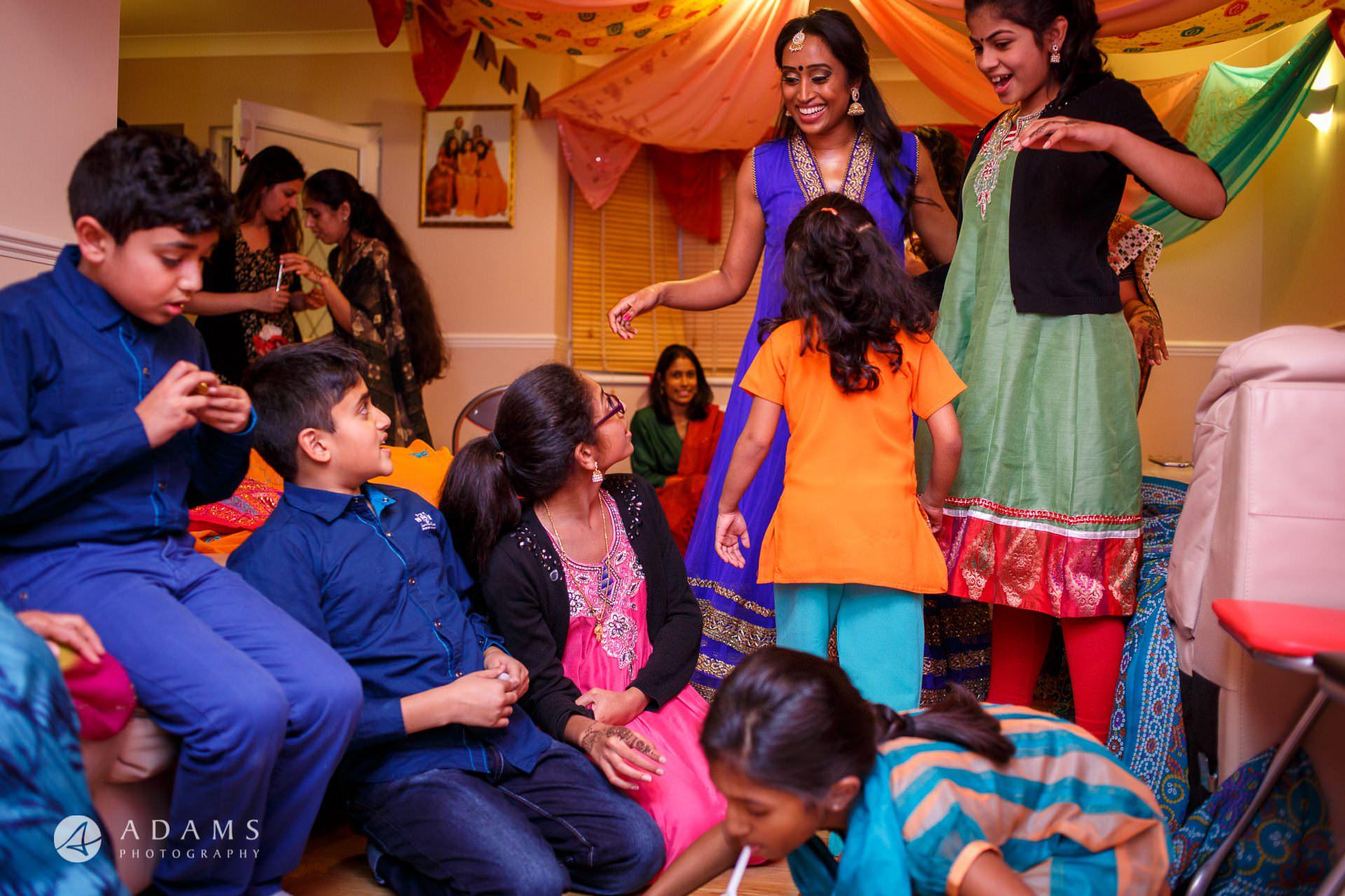 Tamil Mehndi Night | Tamil Gold Melting Ceremony 3