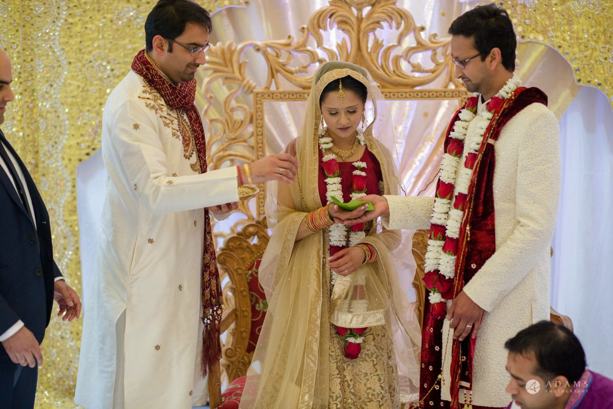 Hilton London Syon Park Asian Wedding hindu ceremony