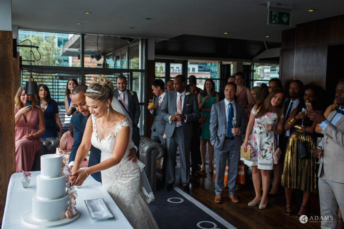 Eight Members Club Moorgate London Wedding Photography | Marina + Abiy 75