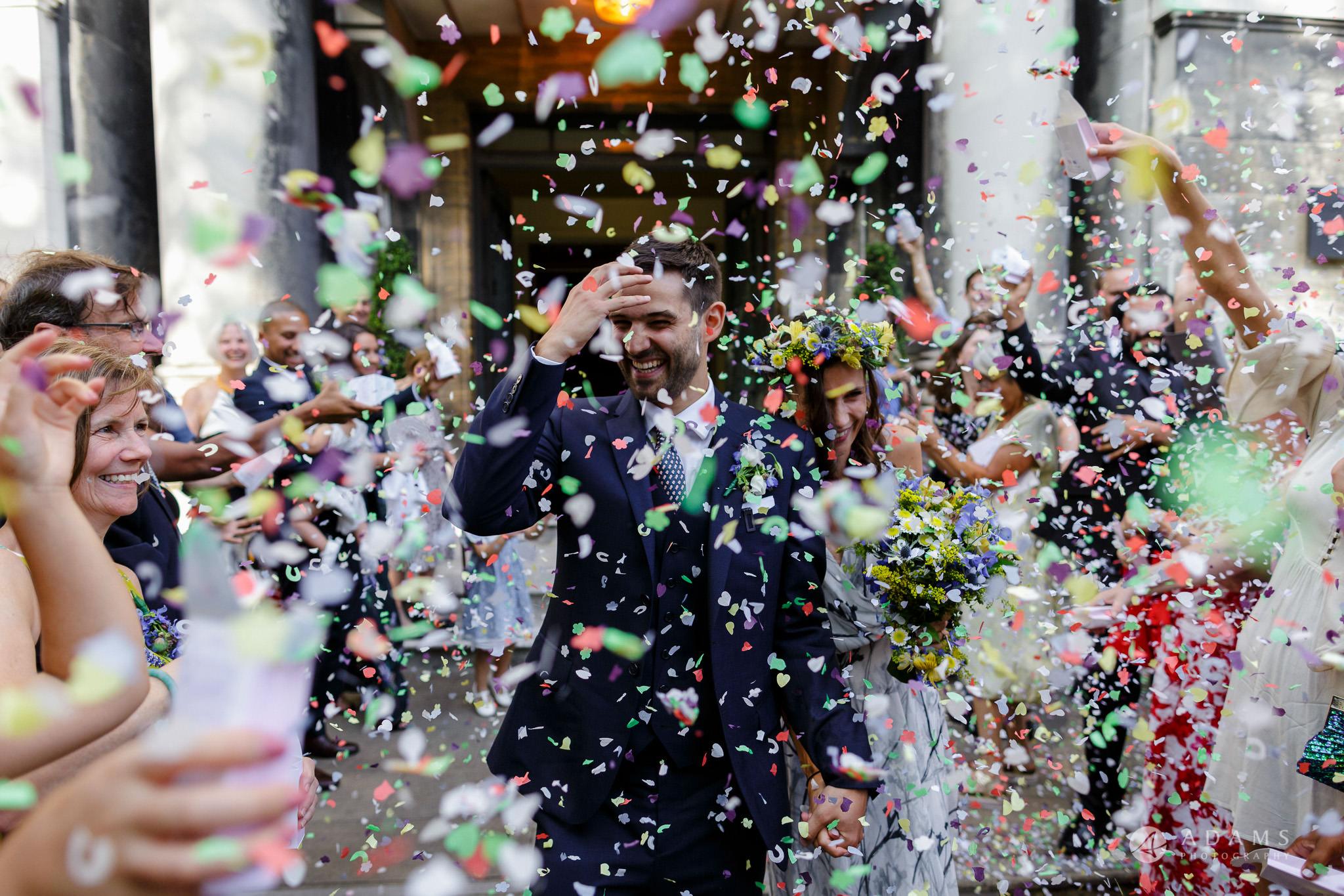 Clissold house wedding confetti