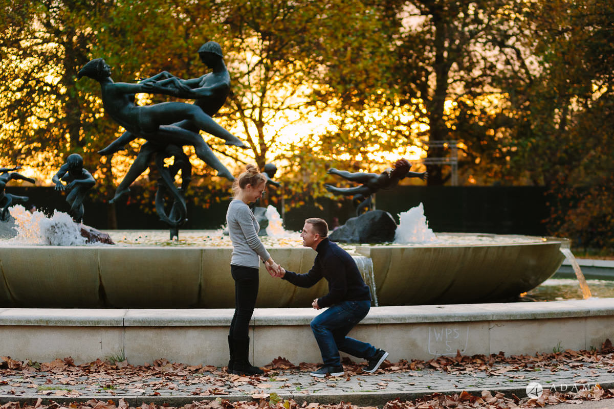 Hyde Park Real Engagement Photos | Mia + Brian 59