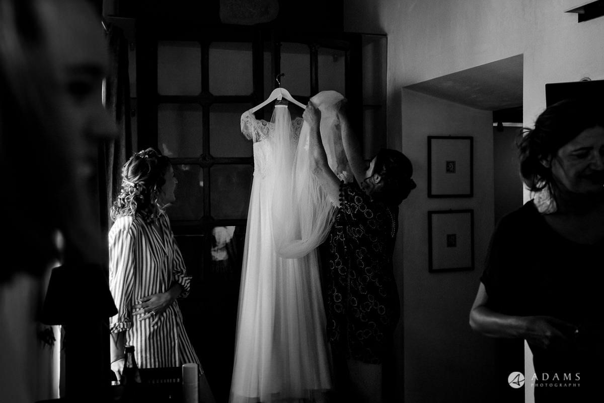Wedding Photographer Spain wedding dress