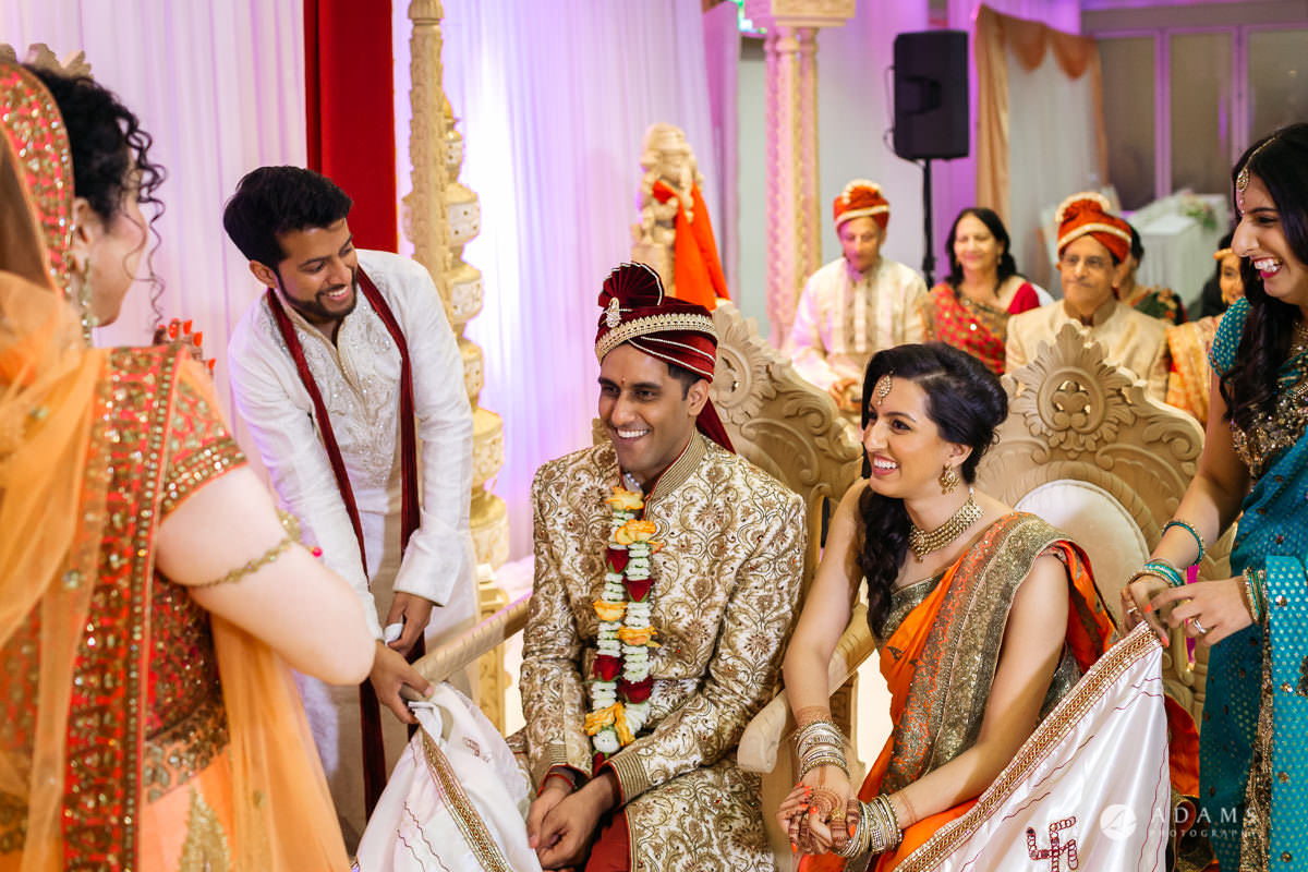 Hindu Wedding Premier Banqueting London Photos | Devina & Aakash 18