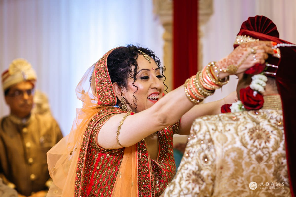 Hindu Wedding Premier Banqueting London Photos | Devina & Aakash 19