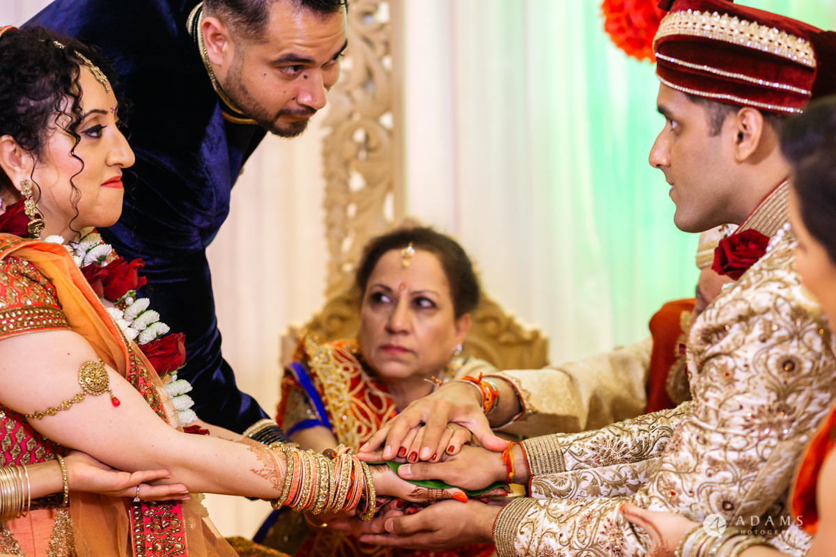 Hindu Wedding Premier Banqueting London Photos | Devina & Aakash 21