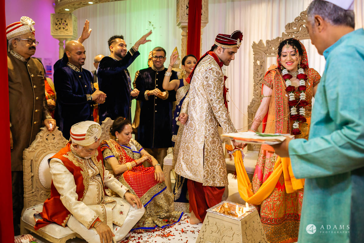 Hindu Wedding Premier Banqueting London Photos | Devina & Aakash 24