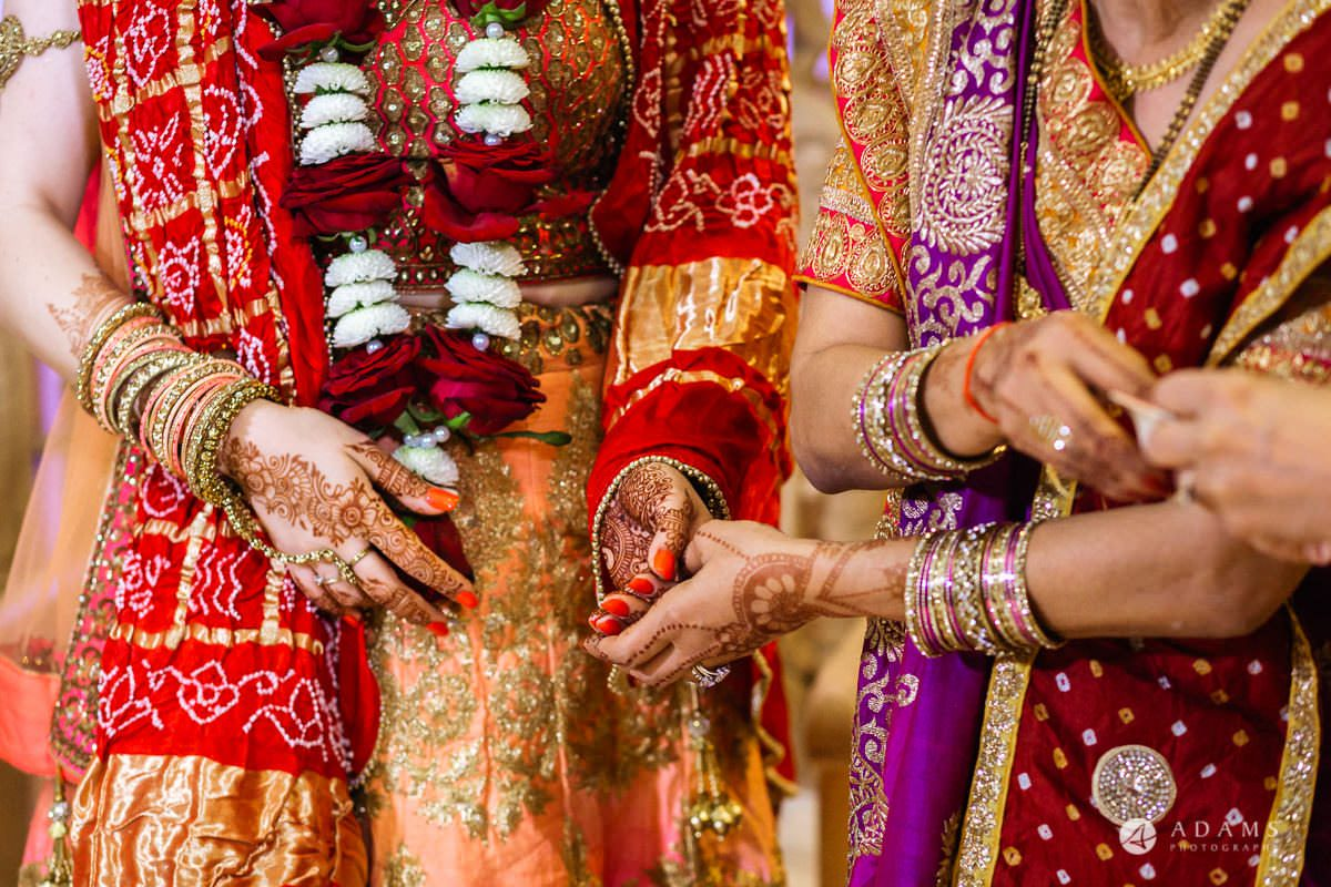 Hindu Wedding Premier Banqueting London Photos | Devina & Aakash 25