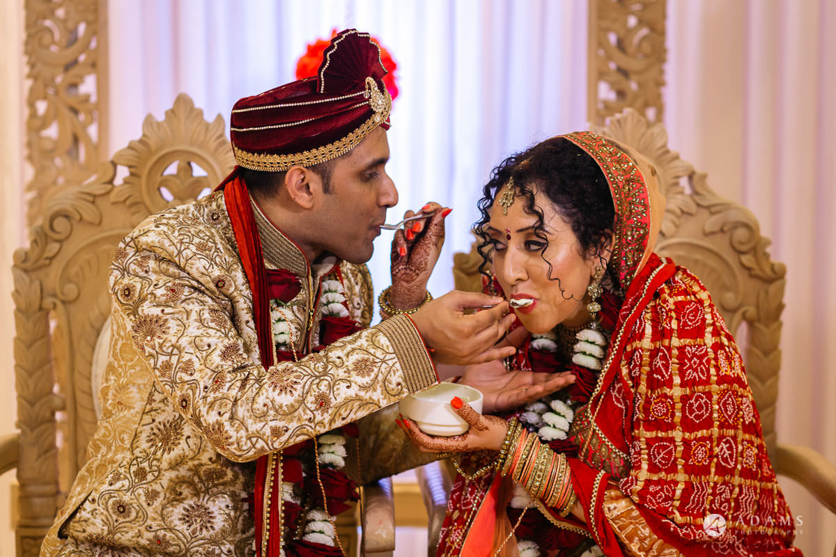 Hindu Wedding Premier Banqueting London Photos | Devina & Aakash 30