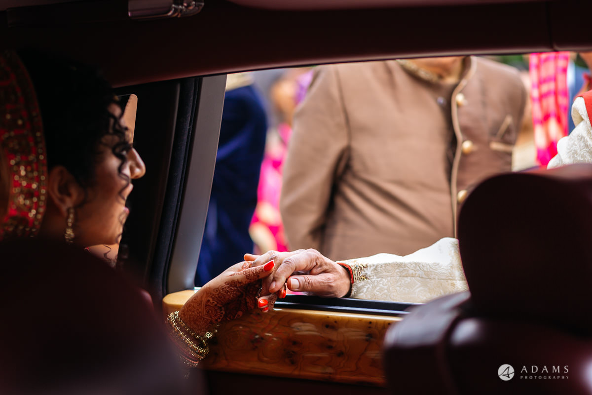 Hindu Wedding Premier Banqueting London Photos | Devina & Aakash 37