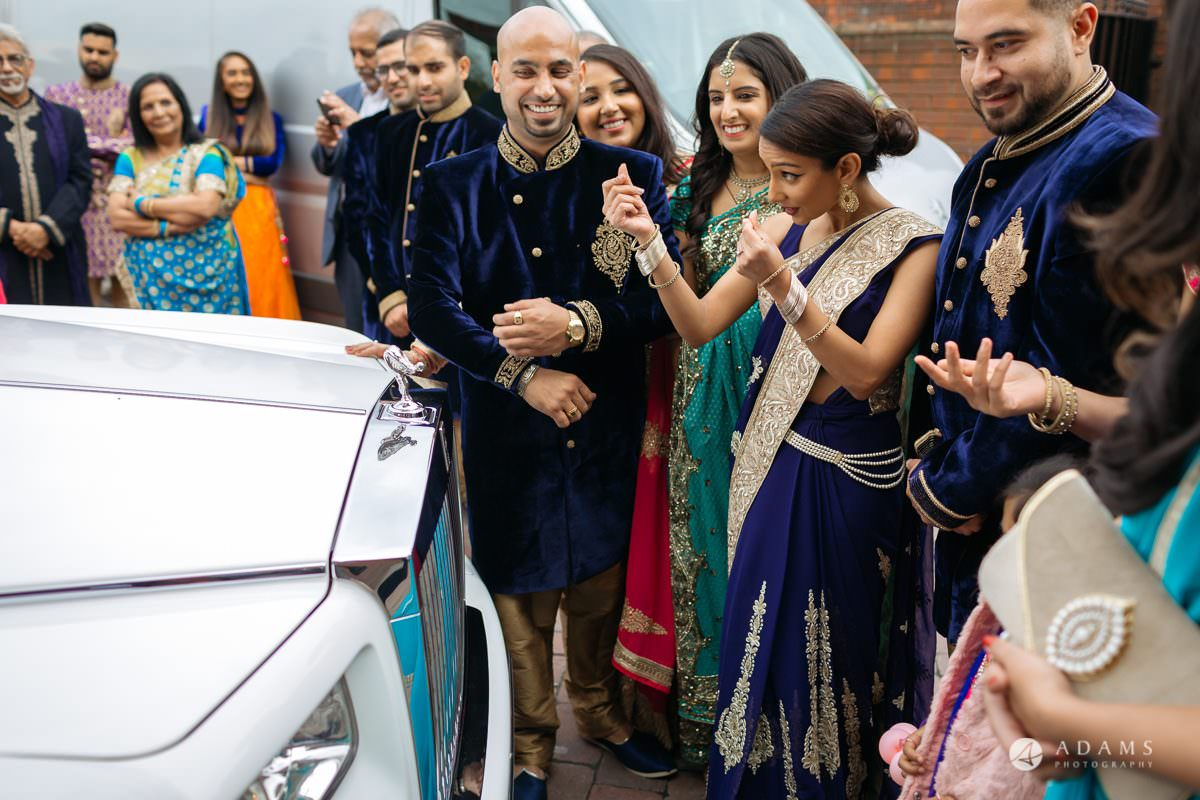 Hindu Wedding Premier Banqueting London Photos | Devina & Aakash 39