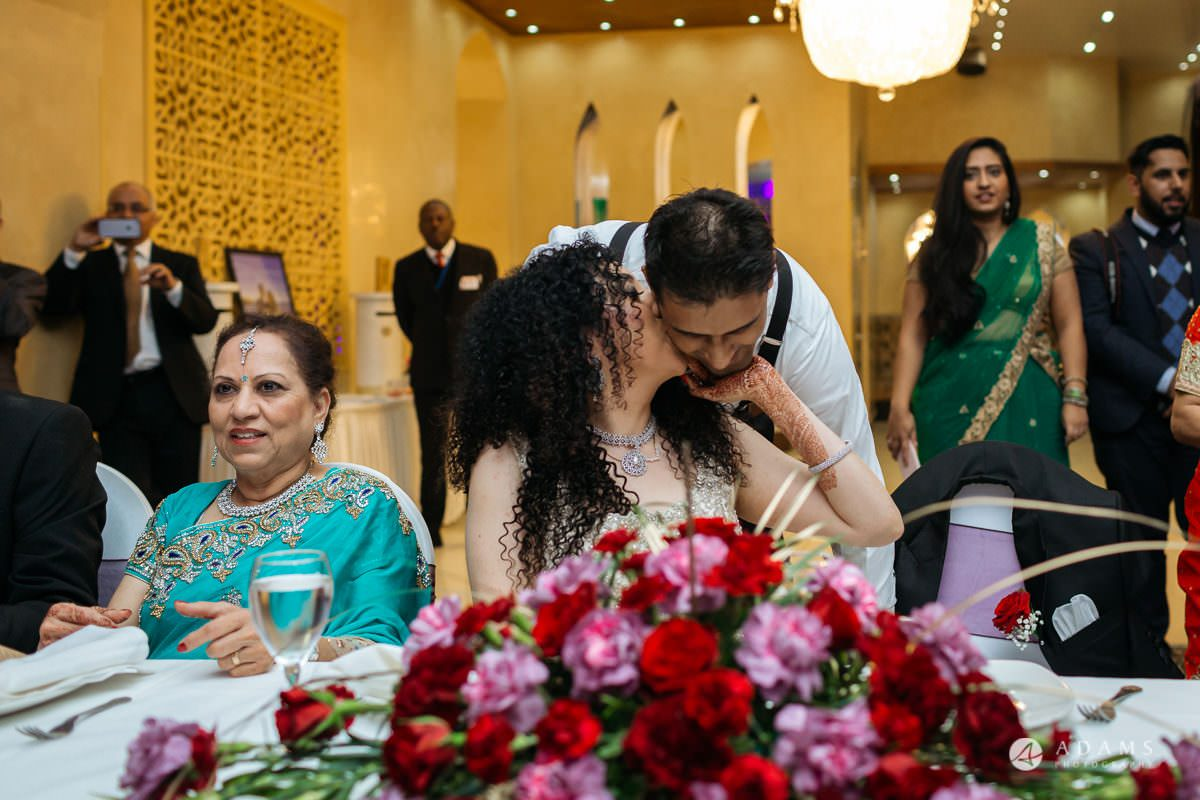 Hindu Wedding Premier Banqueting London Photos | Devina & Aakash 50