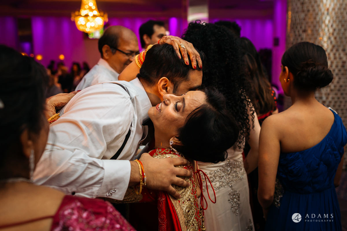 Hindu Wedding Premier Banqueting London Photos | Devina & Aakash 54