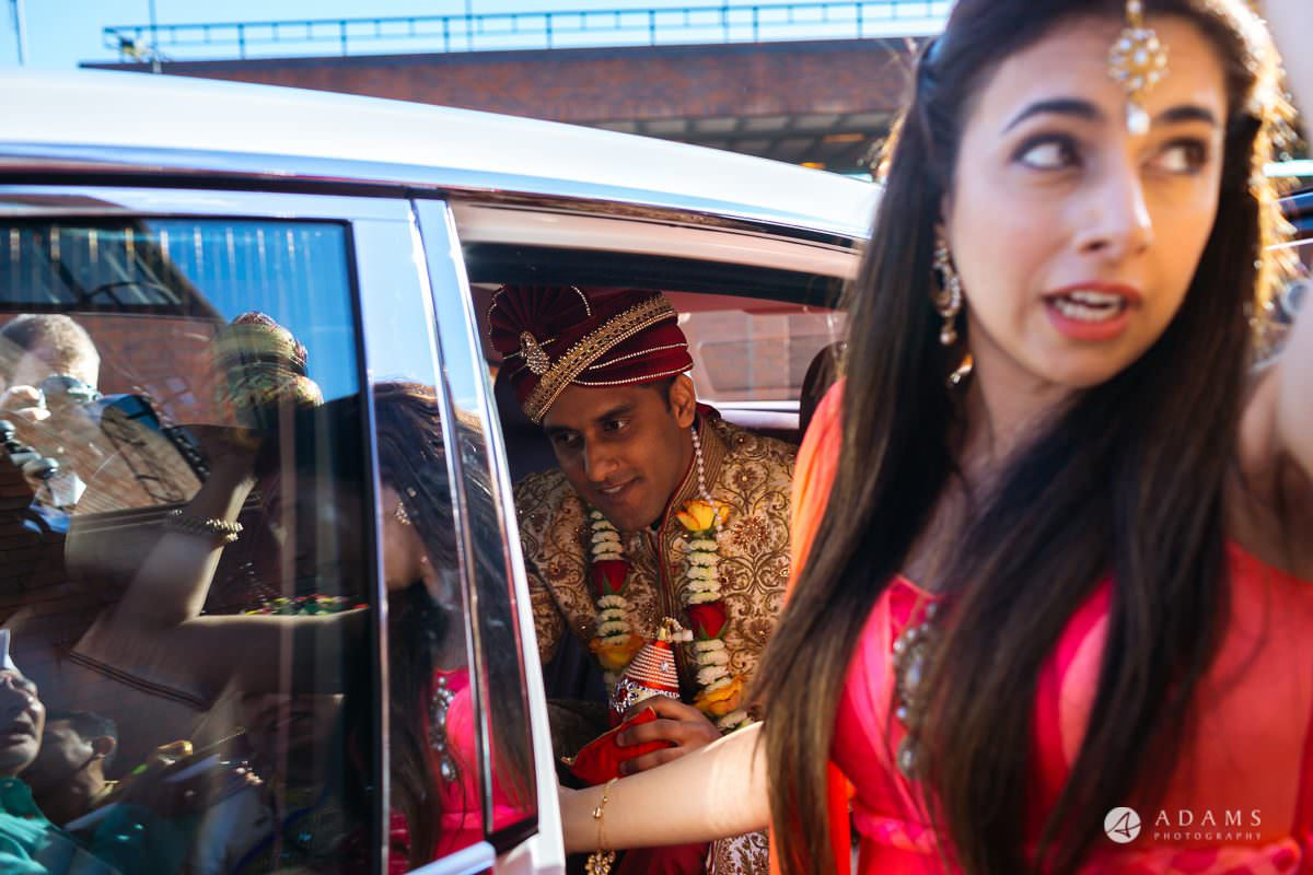 Hindu Wedding Premier Banqueting London Photos | Devina & Aakash 6