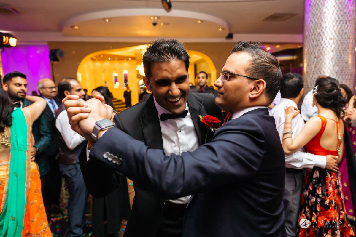 Hindu Wedding Premier Banqueting London Photos | Devina & Aakash 60