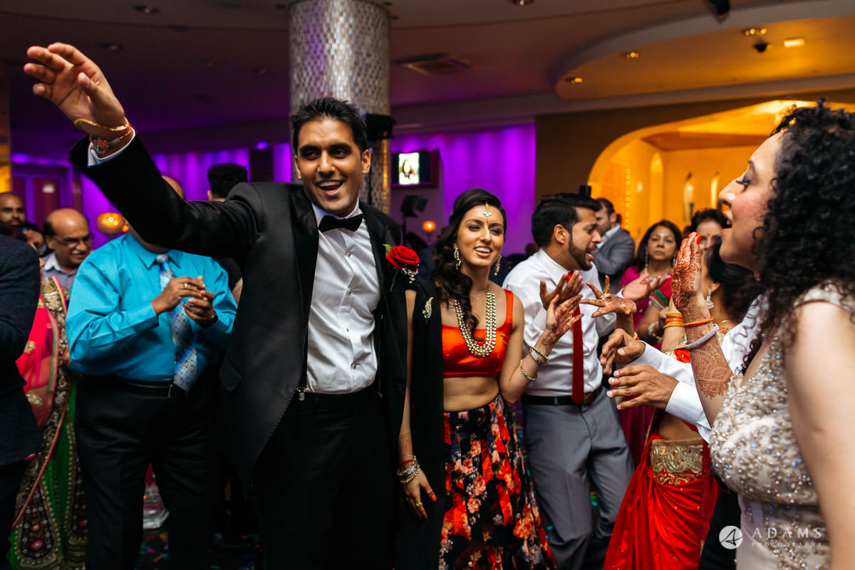Hindu Wedding Premier Banqueting London Photos | Devina & Aakash 62